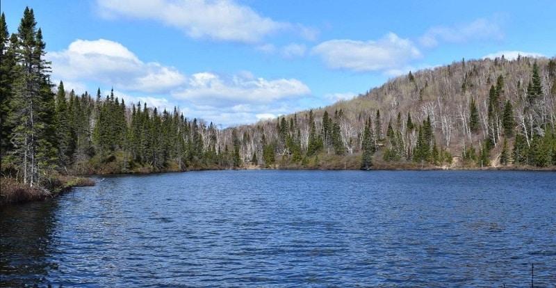 sentier sentier des Lac des Pères