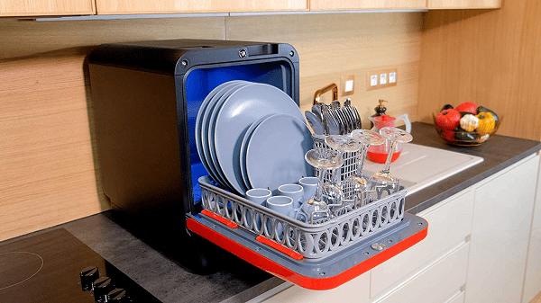 mini lave vaisselle dans un bungalow